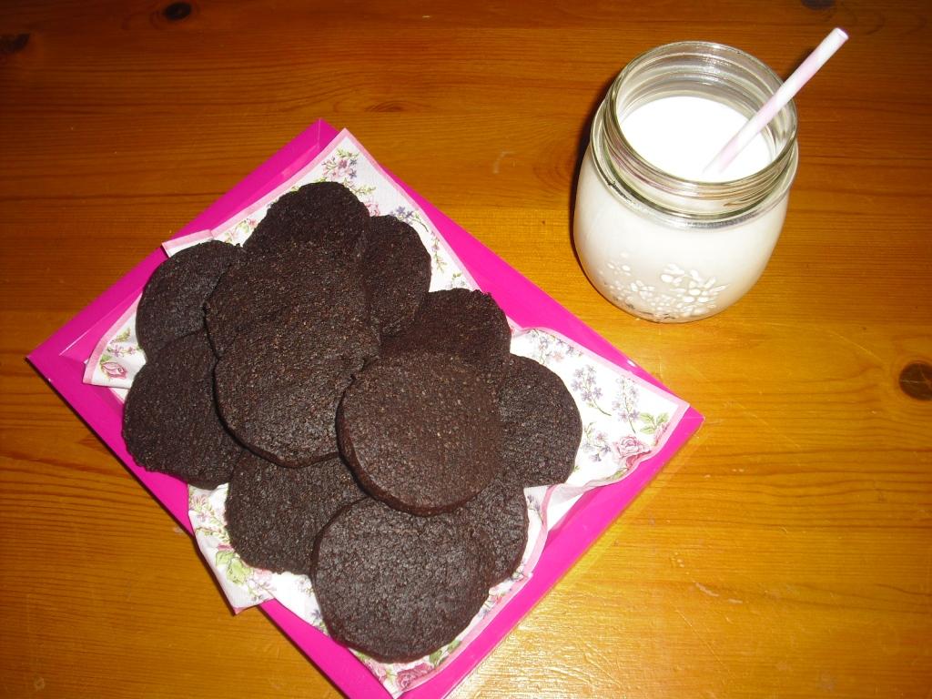 chocolate wafers knusprige schokoladenkekse und die deutsche post chocolateandonions. Black Bedroom Furniture Sets. Home Design Ideas