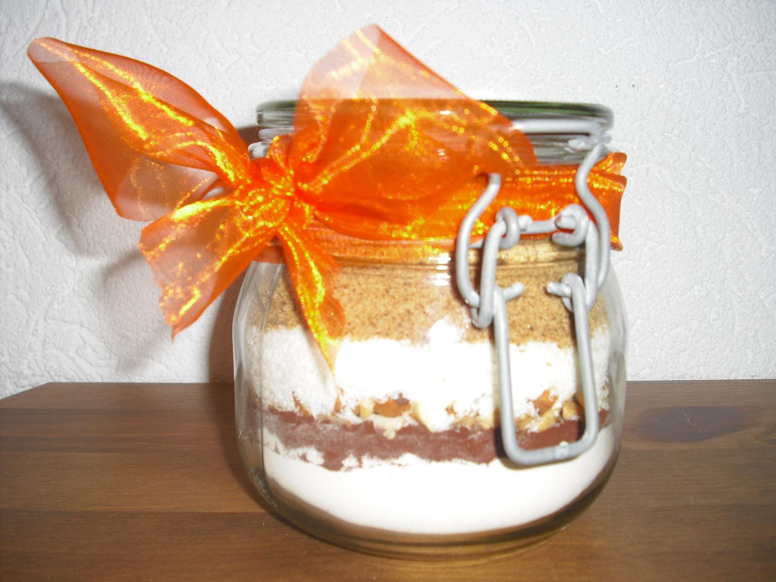 geschenke aus dem glas 1 kuchen im glas do it yourself backmischung chocolateandonions. Black Bedroom Furniture Sets. Home Design Ideas