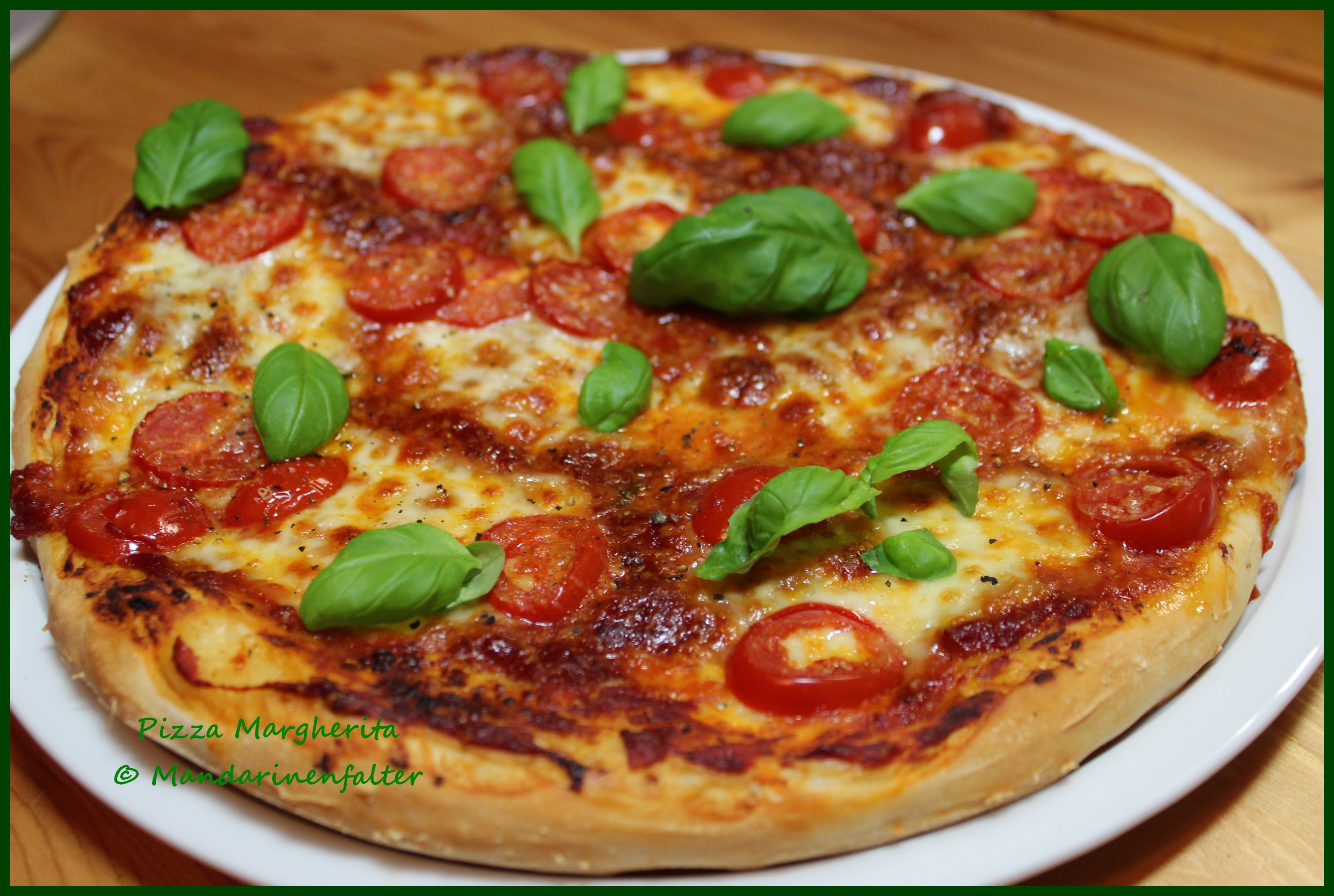 Pizza Margherita… die spinnt, die Welt…   chocolateandonions