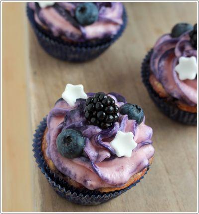 Blaubeer Cupcakes II