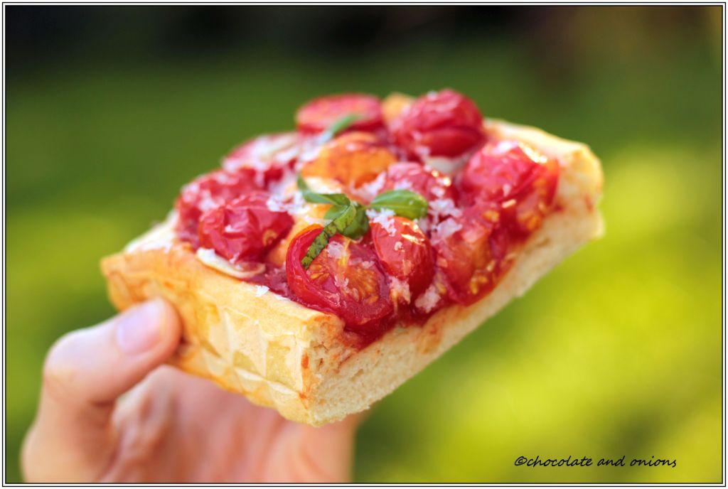 Tiefe Tomatenpizza